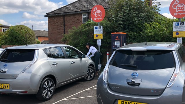 Engenie charge points